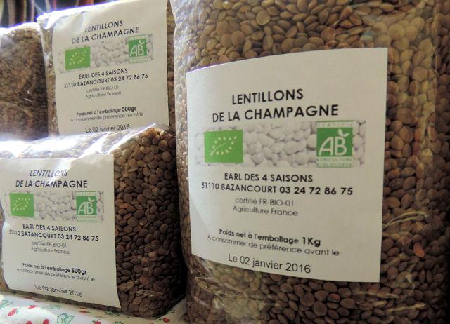 Lentille et farine bioau marché d'Avaux